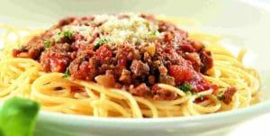 Bolonez (Bolognese) Soslu Spagetti Tarifi
