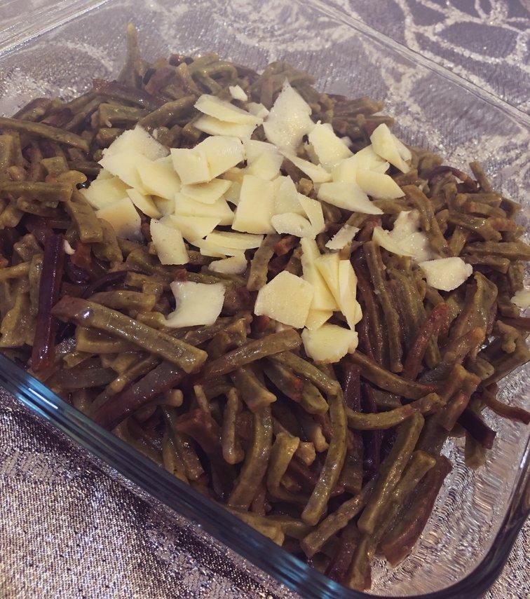 Renkli ( Ispanaklı ) Erişte Pişirme Tarifi
