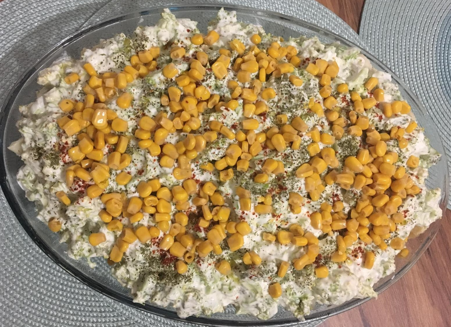 Brokolili Karnıbahar Salatası Tarifi